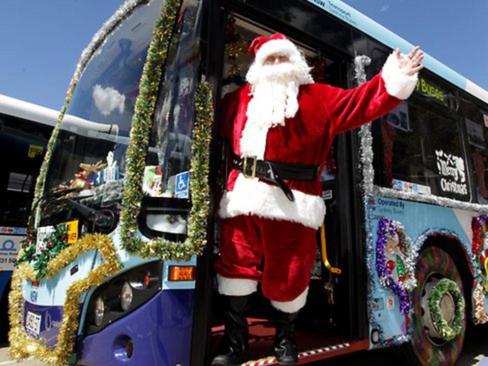 Новогодний автобус по Москве