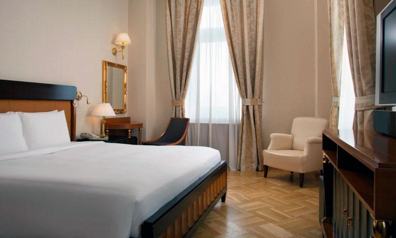отель Hilton Ленинградская